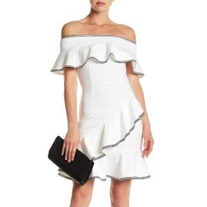 Gracia Ruffle Tiered Off Shoulder Dress - white Sm